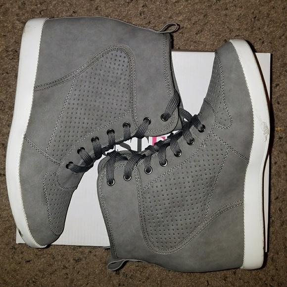 Super Cute Gray Morganna Wedge Sneakers